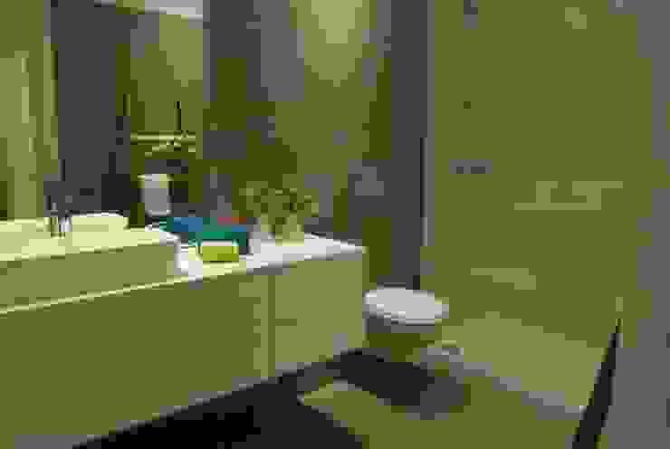 Modern Bathroom by atmospheras | atelier de interiores Modern