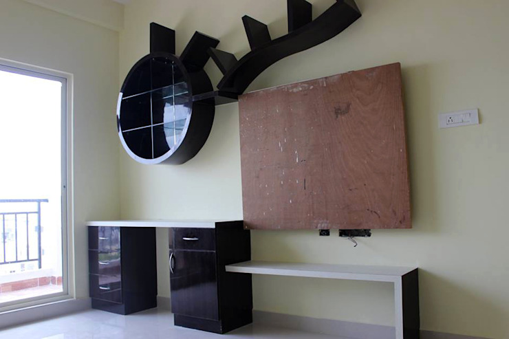 Computer Table Online India by homify Asian Plywood