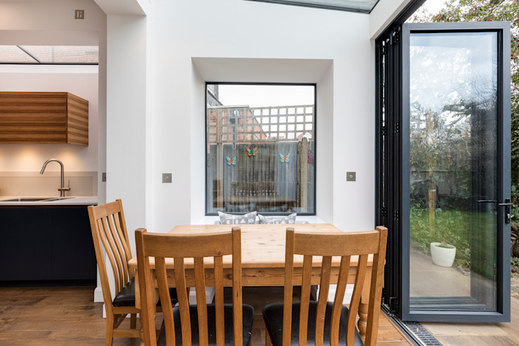 Vicarage Rd London SW14 Modern kitchen by VCDesign Architectural Services Modern