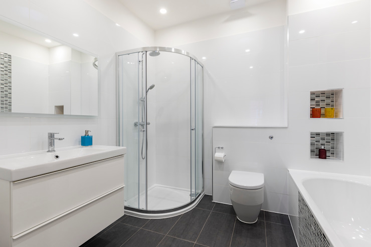 Vicarage Rd London SW14 Modern bathroom by VCDesign Architectural Services Modern