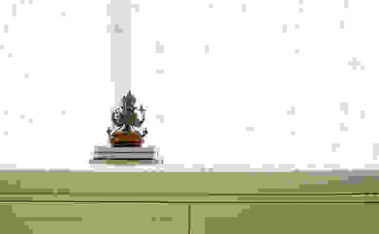 Căn hộ Tân Cổ Điển Lãng Mạn ở Thăng Long No1 Cửa sổ & cửa ra vào phong cách Bắc Âu bởi Công ty cổ phần NỘI THẤT AVALO Bắc Âu