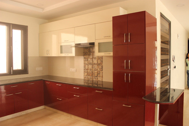 Full house Architecture & Interior Designing:  Kitchen by Prodigy Designs