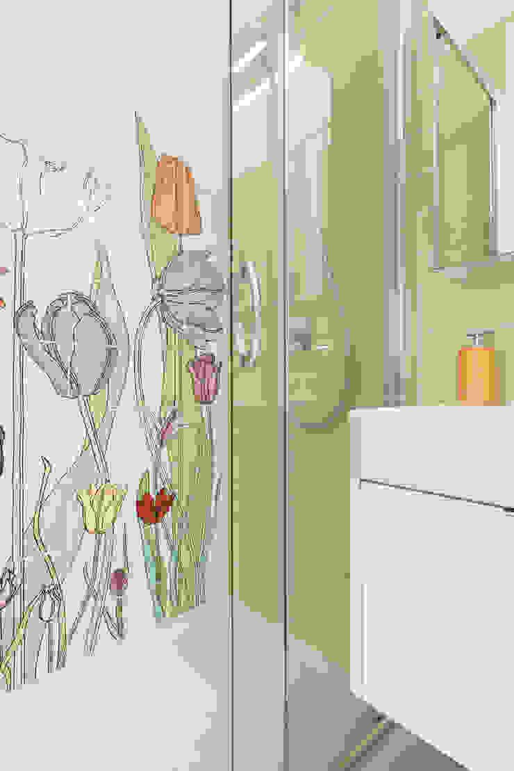 Phòng tắm phong cách hiện đại bởi Grippo + Murzi Architetti Hiện đại