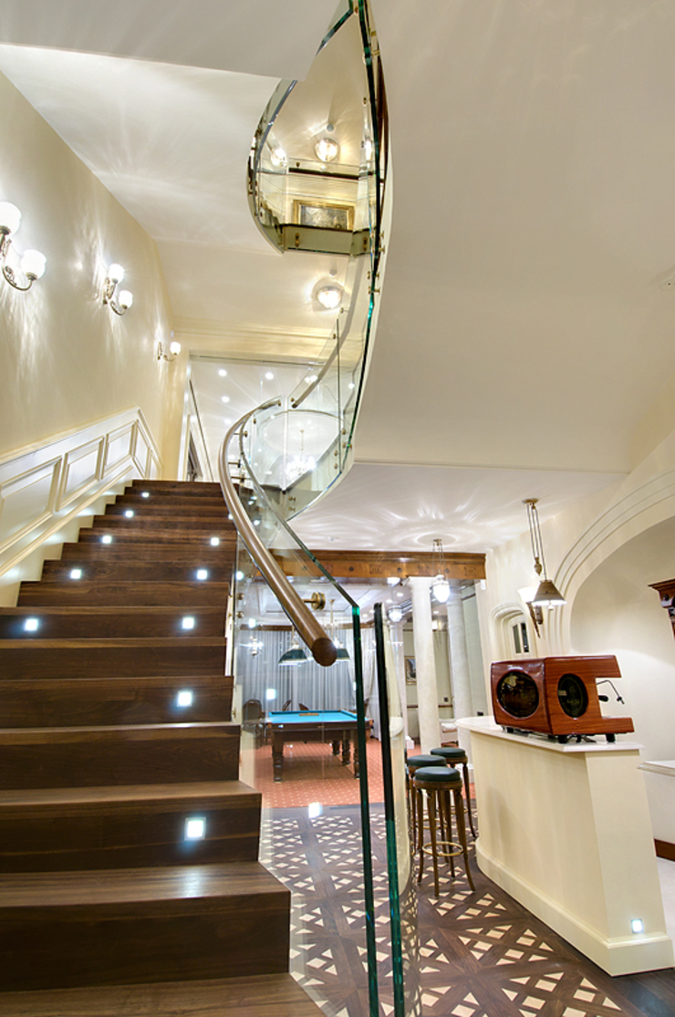 Classic style corridor, hallway and stairs by Archdetail Classic