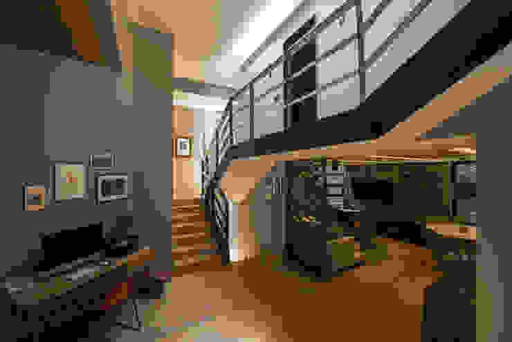 ARCO Arquitectura Contemporánea Modern Corridor, Hallway and Staircase