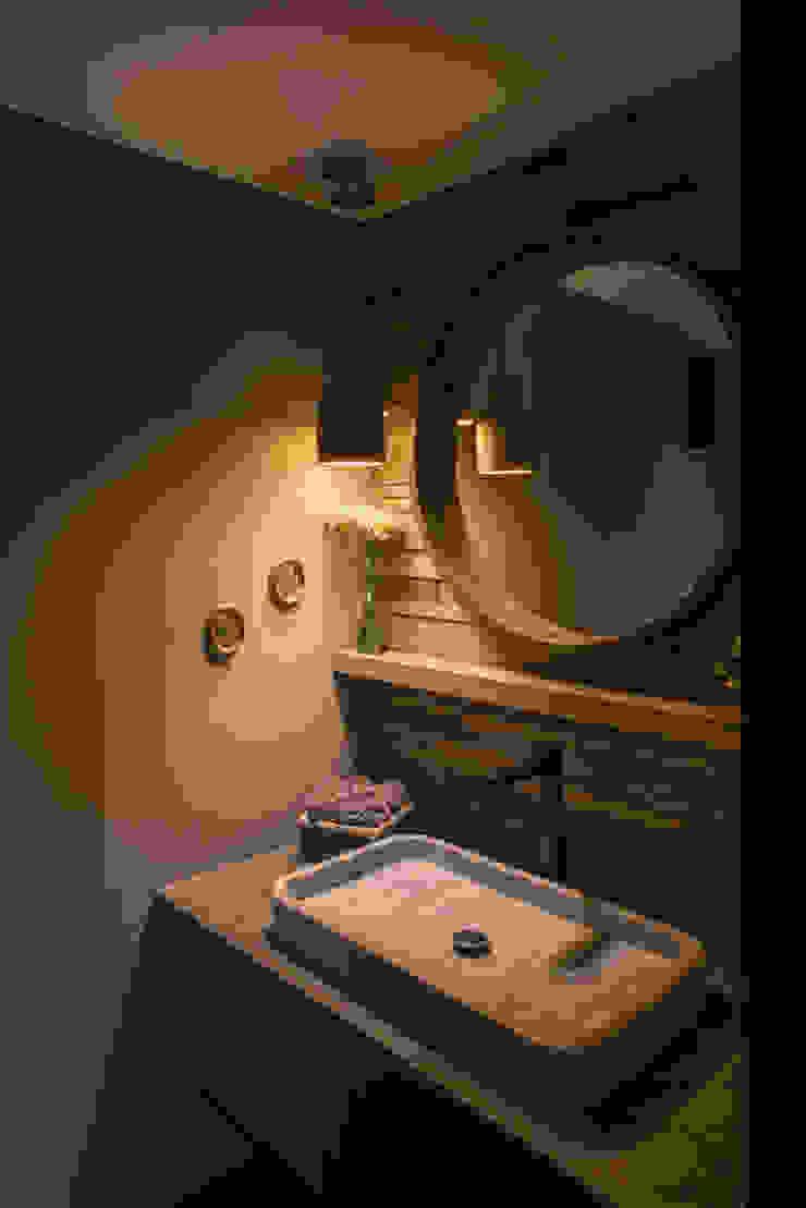 Casa AR Baños de estilo moderno de ARCO Arquitectura Contemporánea Moderno