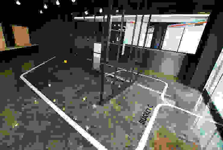 평택 카페 BUCKET.C 모던스타일 벽지 & 바닥 by 디자인모리 모던 금속