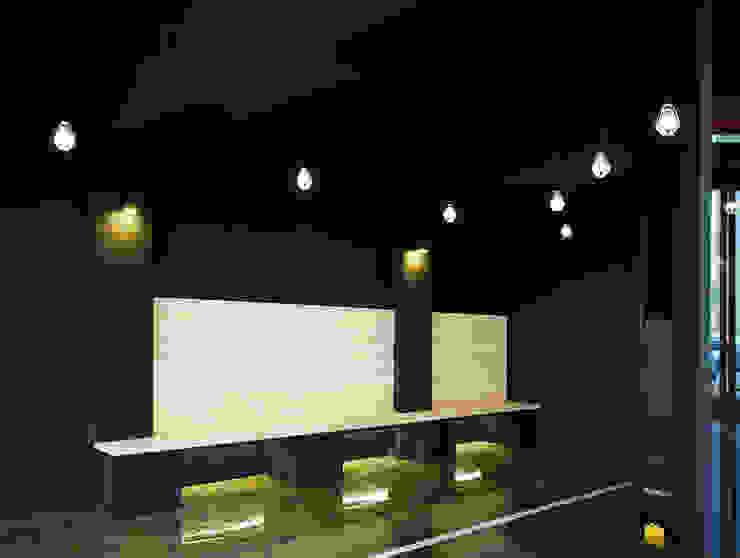 평택 카페 BUCKET.C 모던스타일 벽지 & 바닥 by 디자인모리 모던 우드 우드 그레인