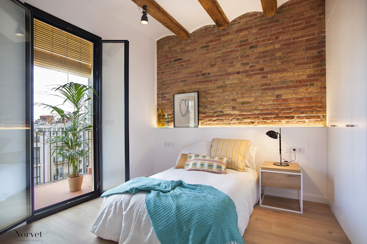 Bedroom by THE ROOM & CO interiorismo,