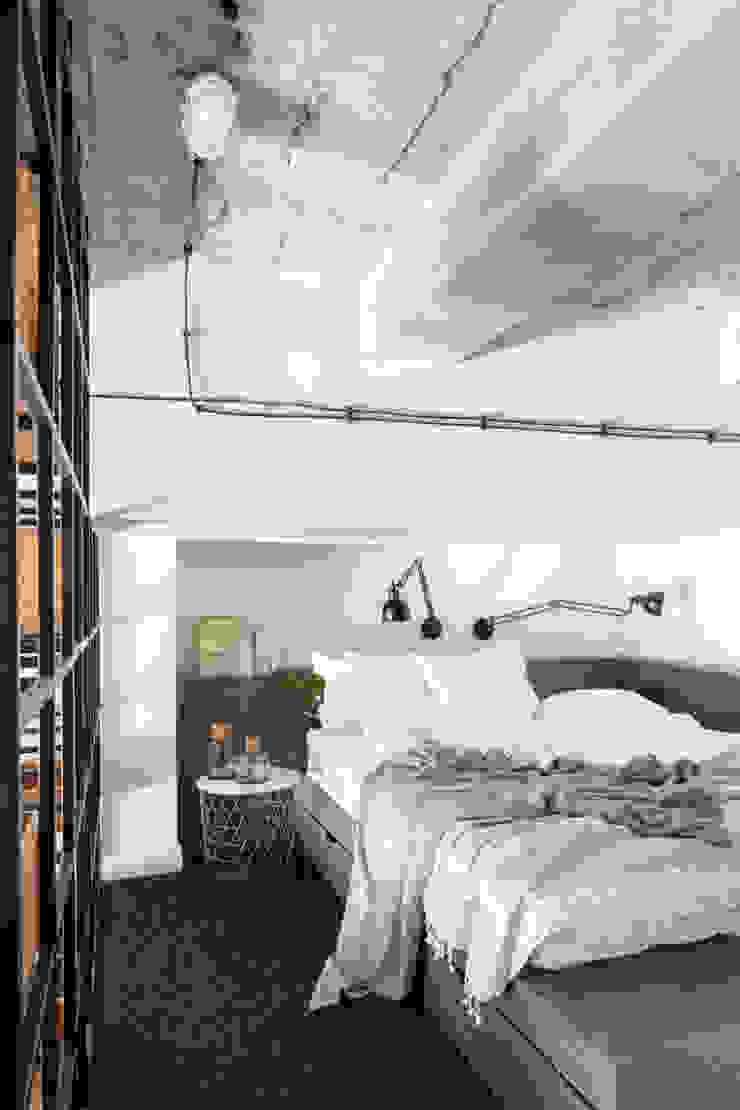Kamar Tidur Gaya Industrial Oleh Ayuko Studio Industrial
