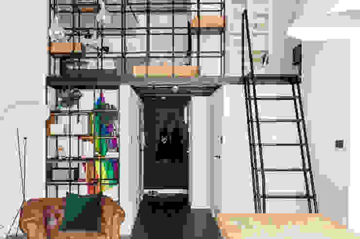 Ruang Keluarga Gaya Industrial Oleh Ayuko Studio Industrial