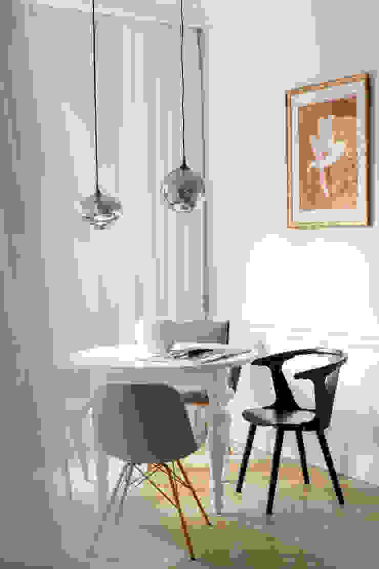Ruang Makan Gaya Skandinavia Oleh Ayuko Studio Skandinavia