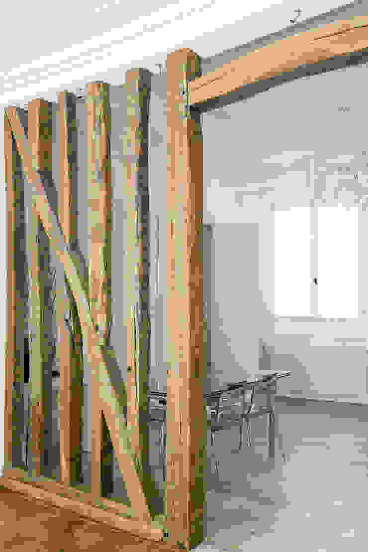 Mon Concept Habitation Modern dining room