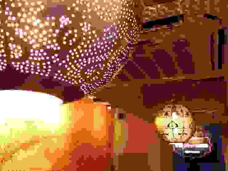 chandelier by Sanjiv Malhan