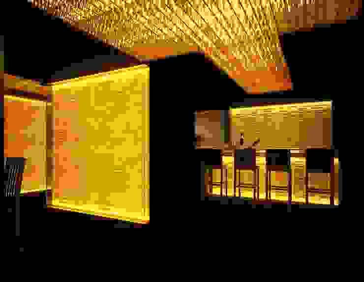 Bar by Sanjiv Malhan