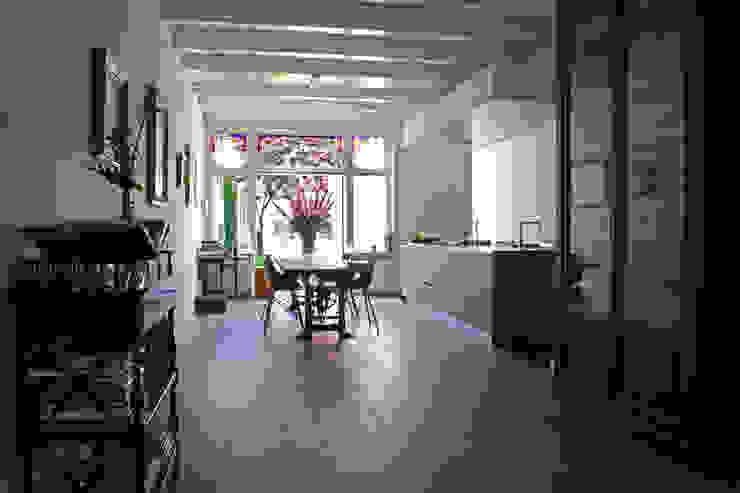 根據 studio architecture 隨意取材風 木頭 Wood effect