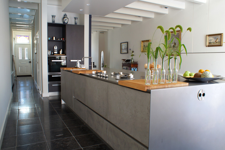 Modern style kitchen by studio architecture Modern Concrete