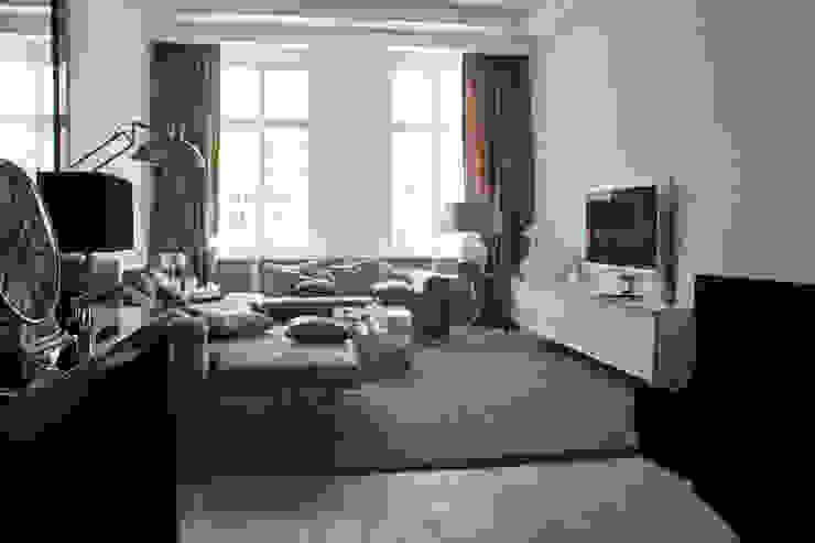 Verbouw monumentale woning Landelijke woonkamers van studio architecture Landelijk Hout Hout