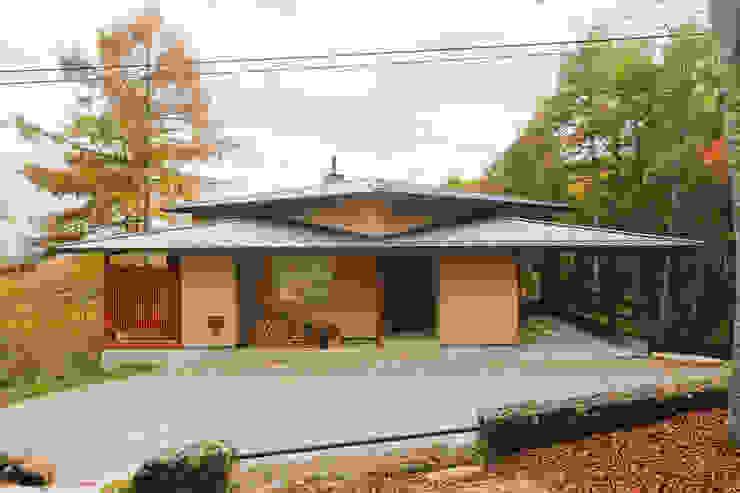 根據 一級建築士事務所 アトリエ カムイ 日式風、東方風 木頭 Wood effect