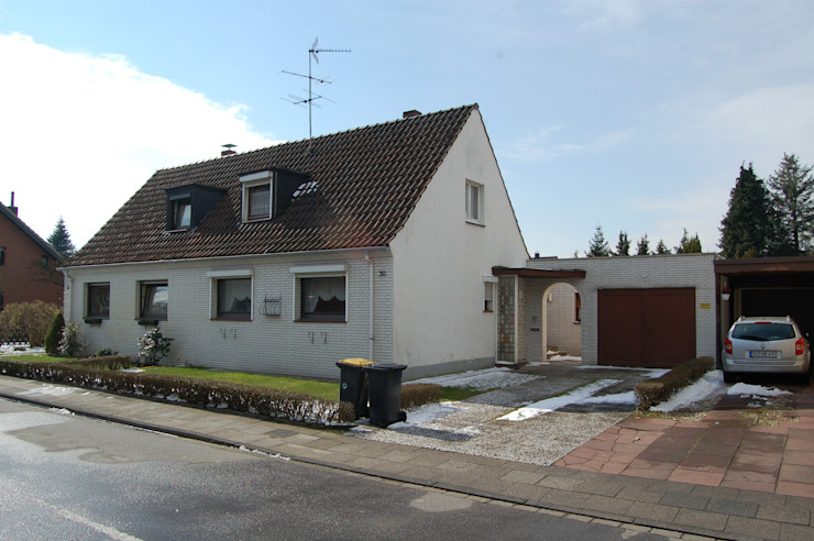 2kn Architekt + Landschaftsarchitekt Classic style houses Stone Grey