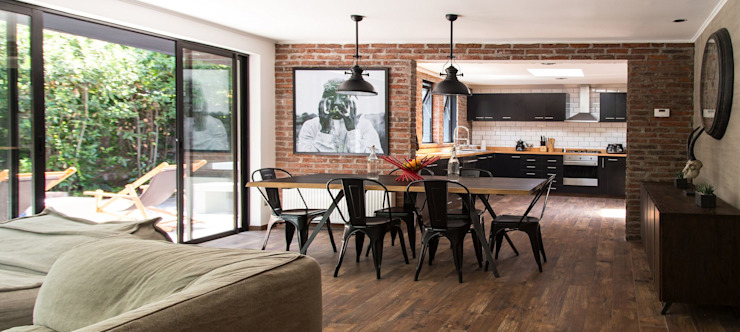 Modern dining room by RENOarq Modern Tiles