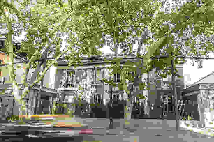 Fachada Frente RENOarq Escuelas Concreto Beige