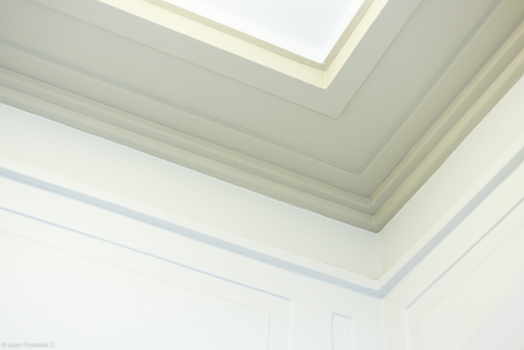 Detalle de moldura del techo de RENOarq Clásico