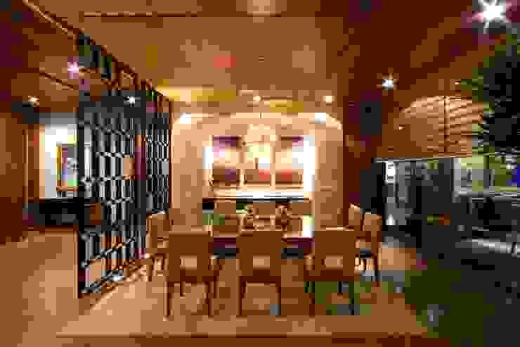 COMEDOR Comedores modernos de Rousseau Arquitectos Moderno