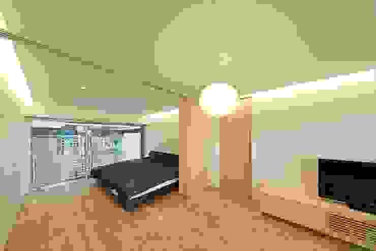 五藤久佳デザインオフィス有限会社 Eclectic style bedroom