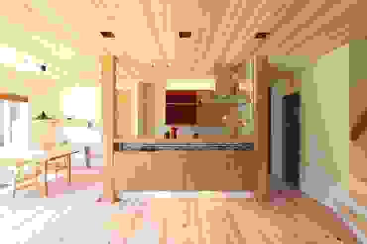 Scandinavian style kitchen by AD-HOUSE/株式会社大喜建設 Scandinavian