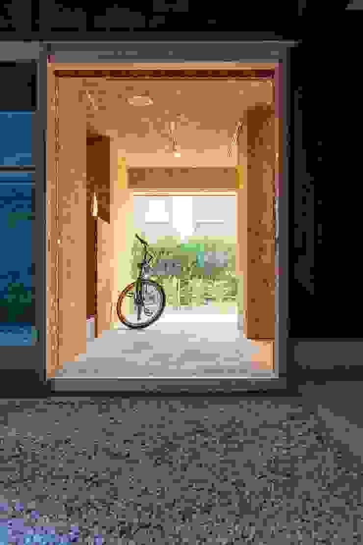 五藤久佳デザインオフィス有限会社 Eclectic style study/office