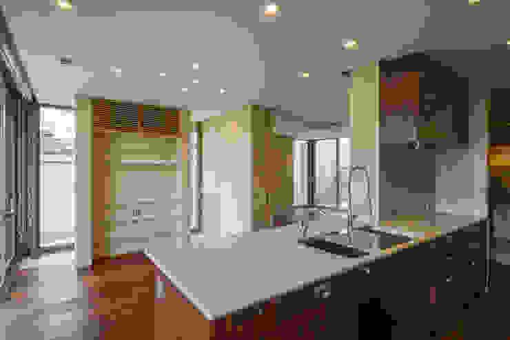 伊集院の住宅 モダンな キッチン の アトリエ環 建築設計事務所 モダン