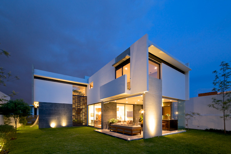 Modern houses by Agraz Arquitectos S.C. Modern