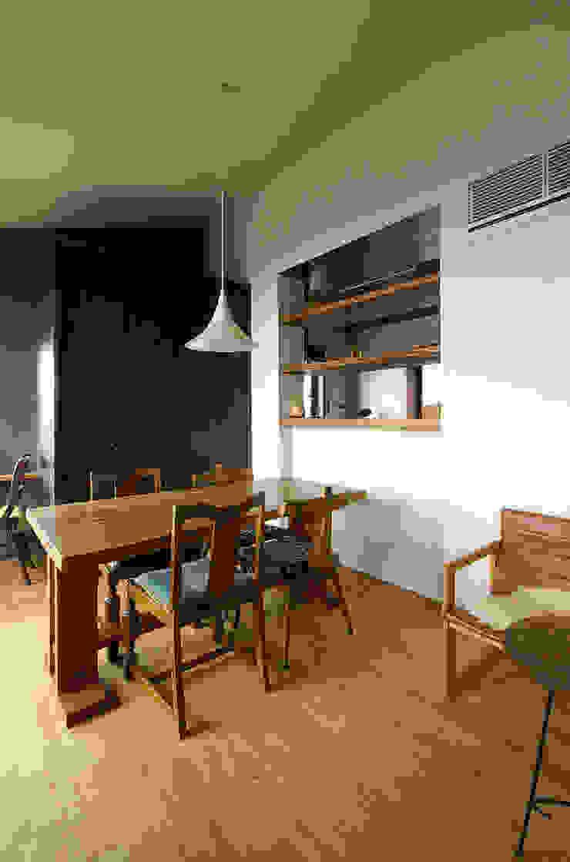 一級建築士事務所アールタイプ ห้องครัว ไม้ Wood effect
