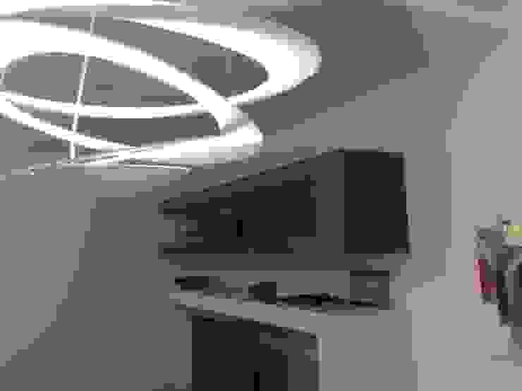 Zona tv di Luca Palmisano Architetto Moderno