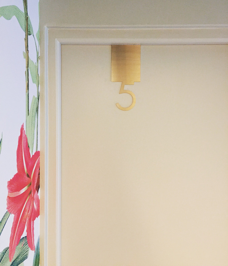 Door number detail by Turquoise Minimalist
