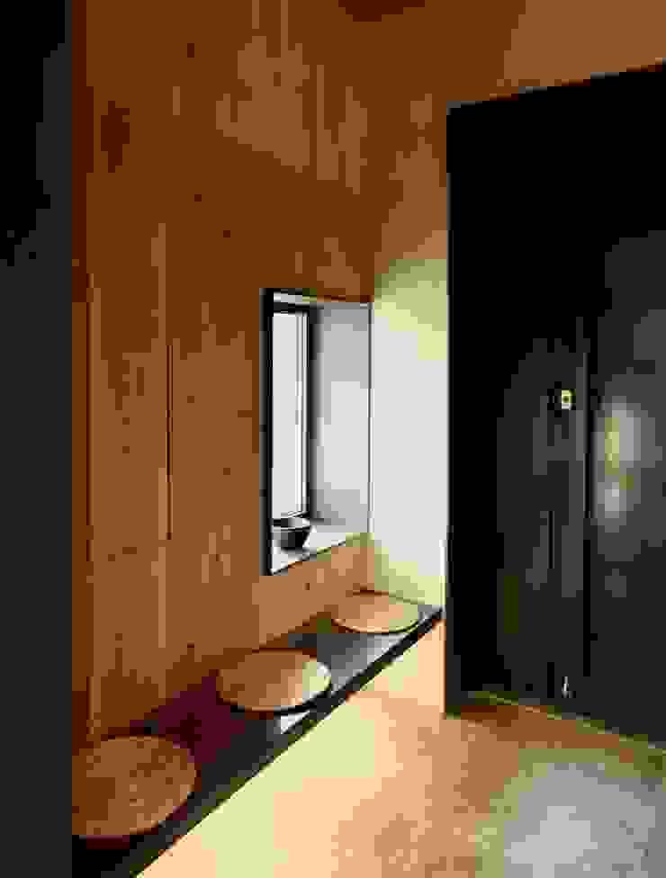 파주 메종 드 유유 모던스타일 거실 by Douglas Minkkinen by Modena Design 모던