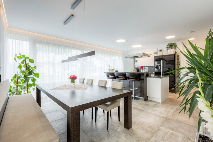 Modern Dining Room by Horst Steiner Innenarchitektur Modern