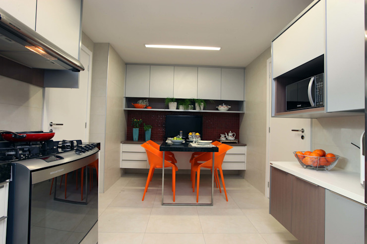 Atelier Tríade Arquitetura Kitchen
