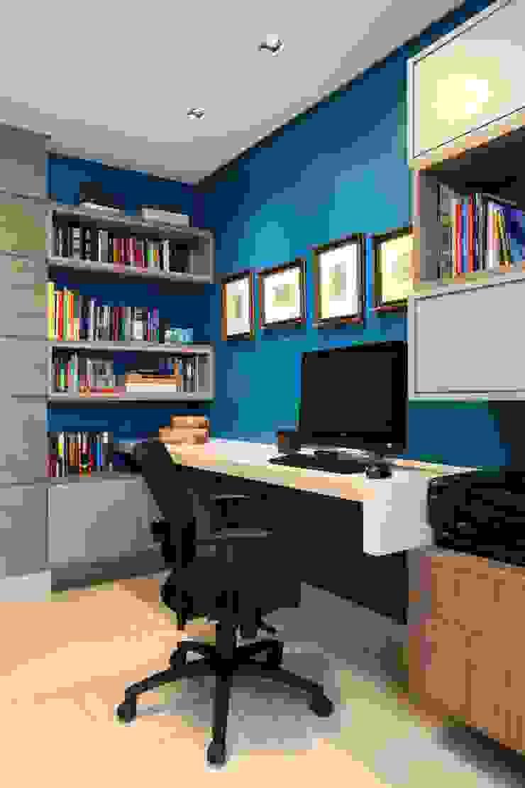 Atelier Tríade Arquitetura Study/office