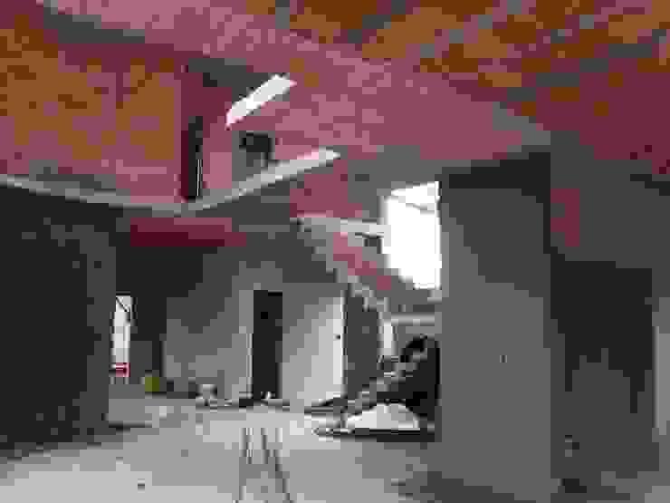 casa moderna obra por Renata Prata Studio