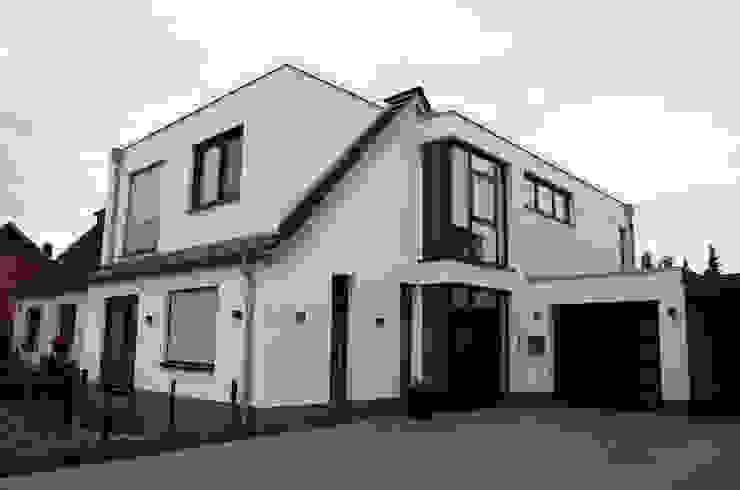 Maisons modernes par 2kn architekt + landschaftsarchitekt Thorsten Kasel + Sven Marcus Neu PartSchG Moderne Pierre