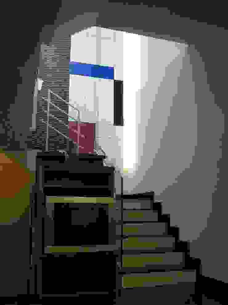 樓梯 亞洲風玄關、階梯與走廊 根據 云鼎設計/陳柏壽建築師事務所 日式風、東方風