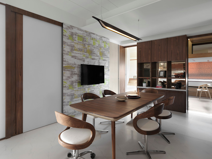 Comedores de estilo  de 禾築國際設計Herzu  Interior Design