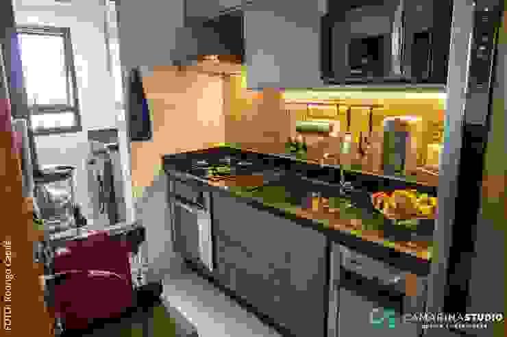 Rustikale Küchen von Camarina Studio Rustikal
