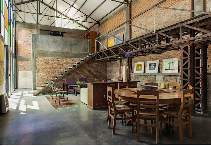 Industrial style houses by homify Industrial