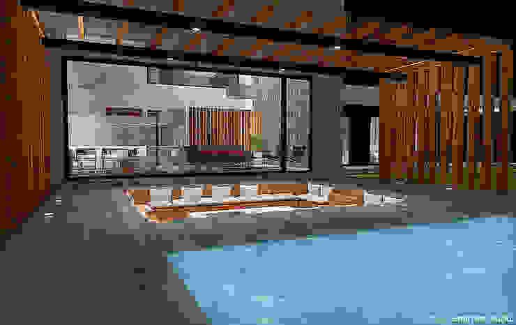 Terraza y piscina Balcones y terrazas modernos de homify Moderno