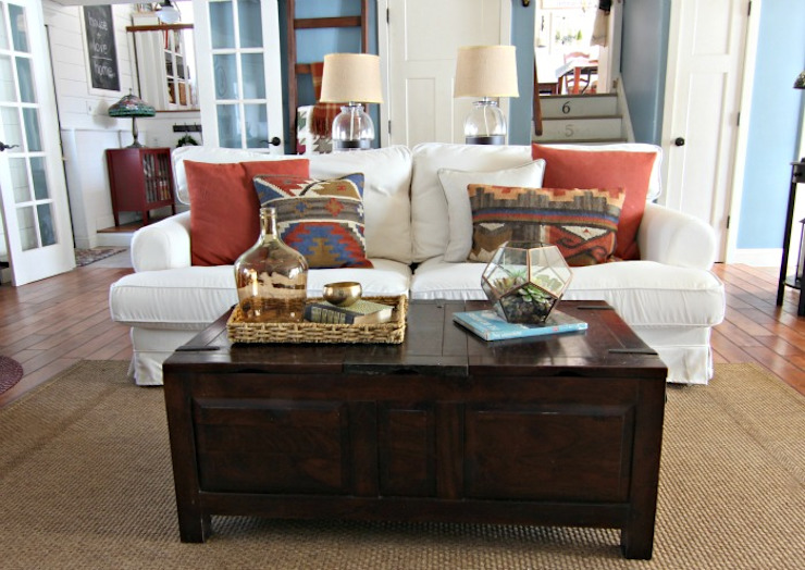 Living room by Comfort Works Custom Slipcovers