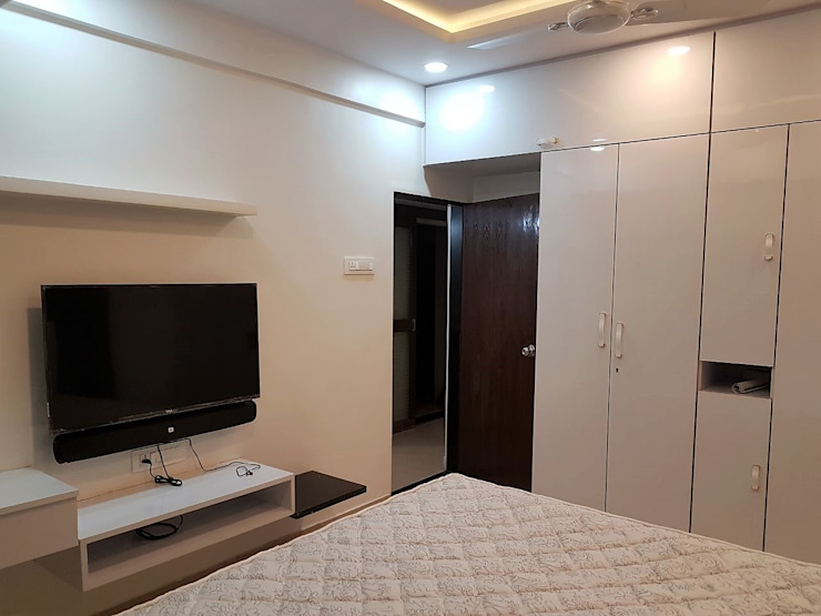 andheri west 2 bhk: modern  by The Red Brick Wall,Modern