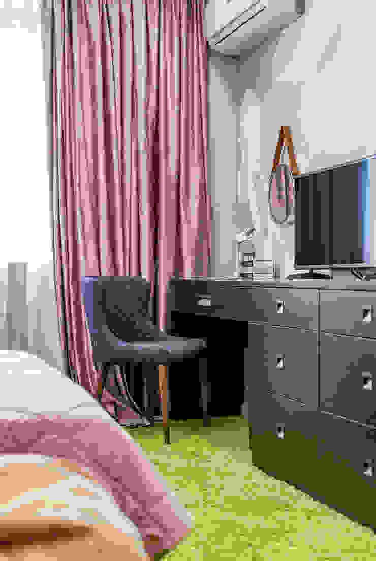 Modern style bedroom by Дизайн-студия 'Вердиз' Modern